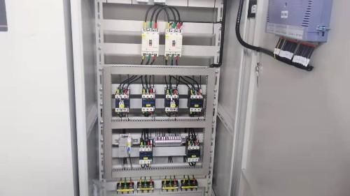 消防泵控制柜应该设置自动还是手动?